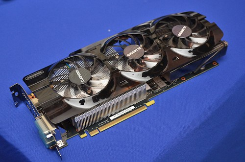 Gigabyte-GTX-Titan-WindForce-3X-2